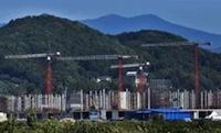 На олимпийской стройке в Сочи трудятся башенные краны Liebherr