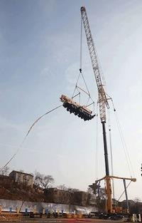 Компания XCMG провела финальные испытания 1200-тонного крана QAY