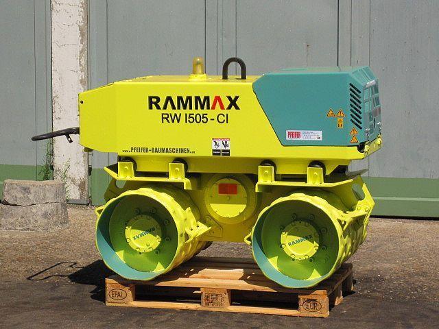 Траншейный каток Rammax RW 1505
