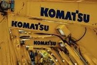 Пауза для Komatsu