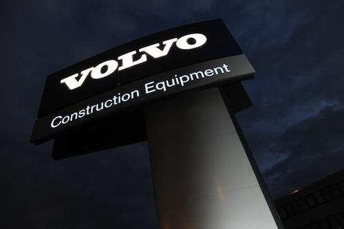 Продажи Volvo просели из-за Китая