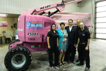 Розовый JLG против рака