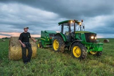 Тракторы John Deere: испытание Россией