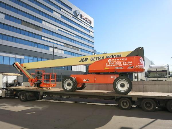 VERTEX отправил два подъемника JLG 1500 SJ в Казахстан